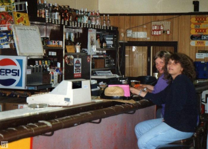 Tantchen Täubchen und ich im Aussie-Pub
